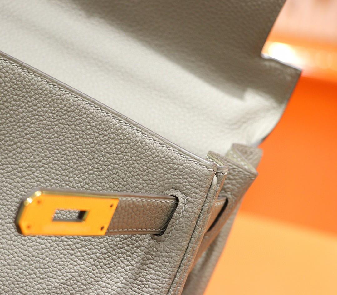 Hermès(爱马仕)Kelly 沥青灰 Togo 全手缝 小牛皮 金扣 28cm