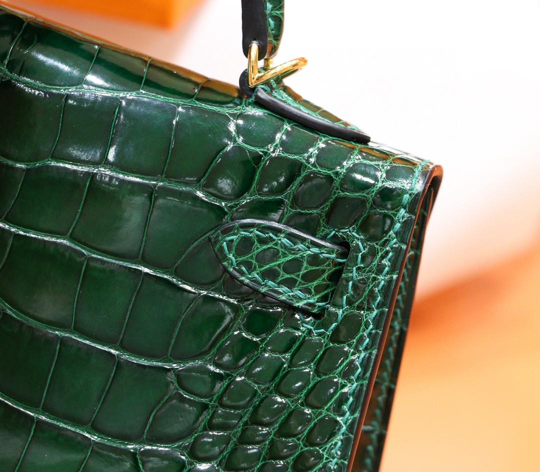 Hermès(爱马仕)Minikelly 迷你凯莉 祖母绿 亮面鳄鱼皮 金扣 2代