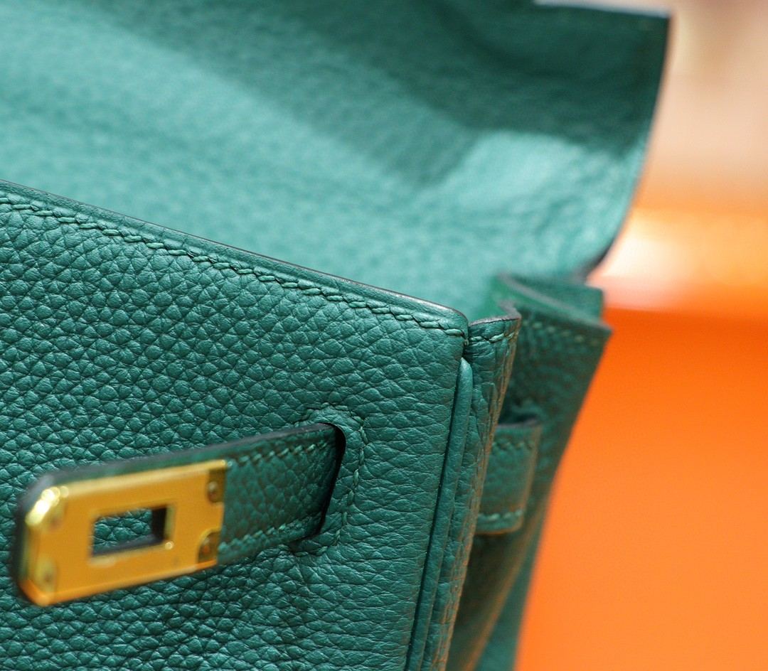 Hermès(爱马仕)Kelly 凯莉包 祖母绿 Togo 全手缝 小牛皮 金扣 25cm