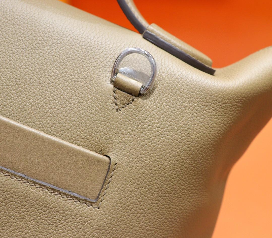 Hermès(爱马仕)2424 威玛犬米色 Evercolor 拼大象灰 Swift 全手缝 银扣