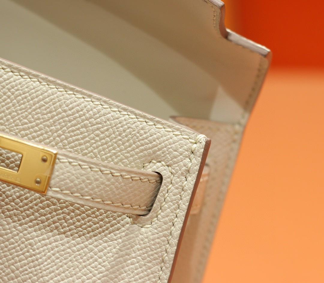 Hermès(爱马仕)Minikelly 迷你凯莉 奶昔白 Epsom 金扣 全手缝 2代