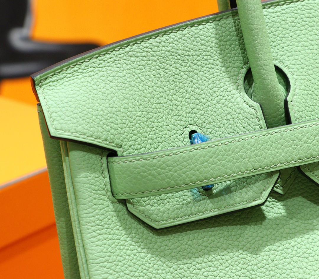 Hermès(爱马仕)Birkin 铂金包 牛油果 Togo 小牛皮 全手缝 金扣 30cm