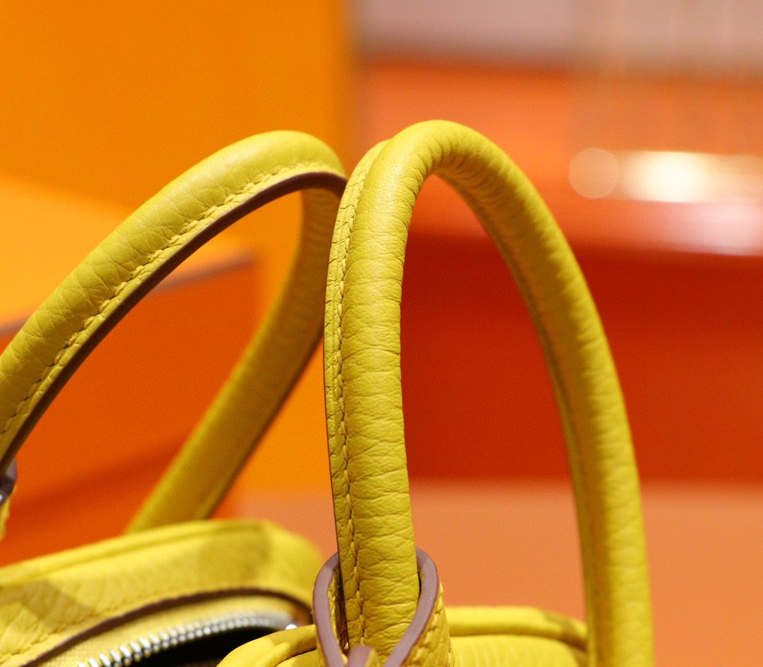 Hermès(爱马仕)Lindy 琳迪包 琥珀黄 Togo小牛皮 全手缝 银扣 20cm
