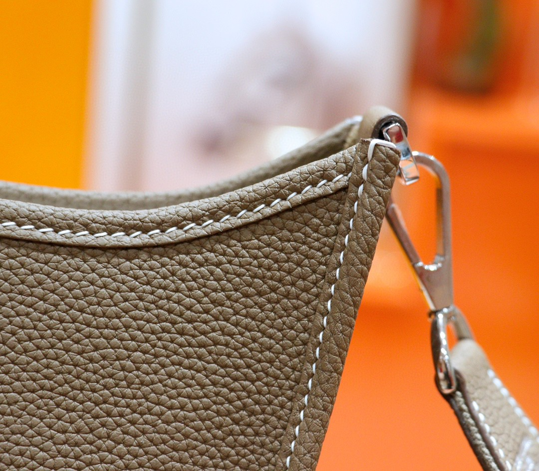 Hermès(爱马仕)Evelyne 伊芙琳 大象灰 Togo 小牛皮 银扣 28cm