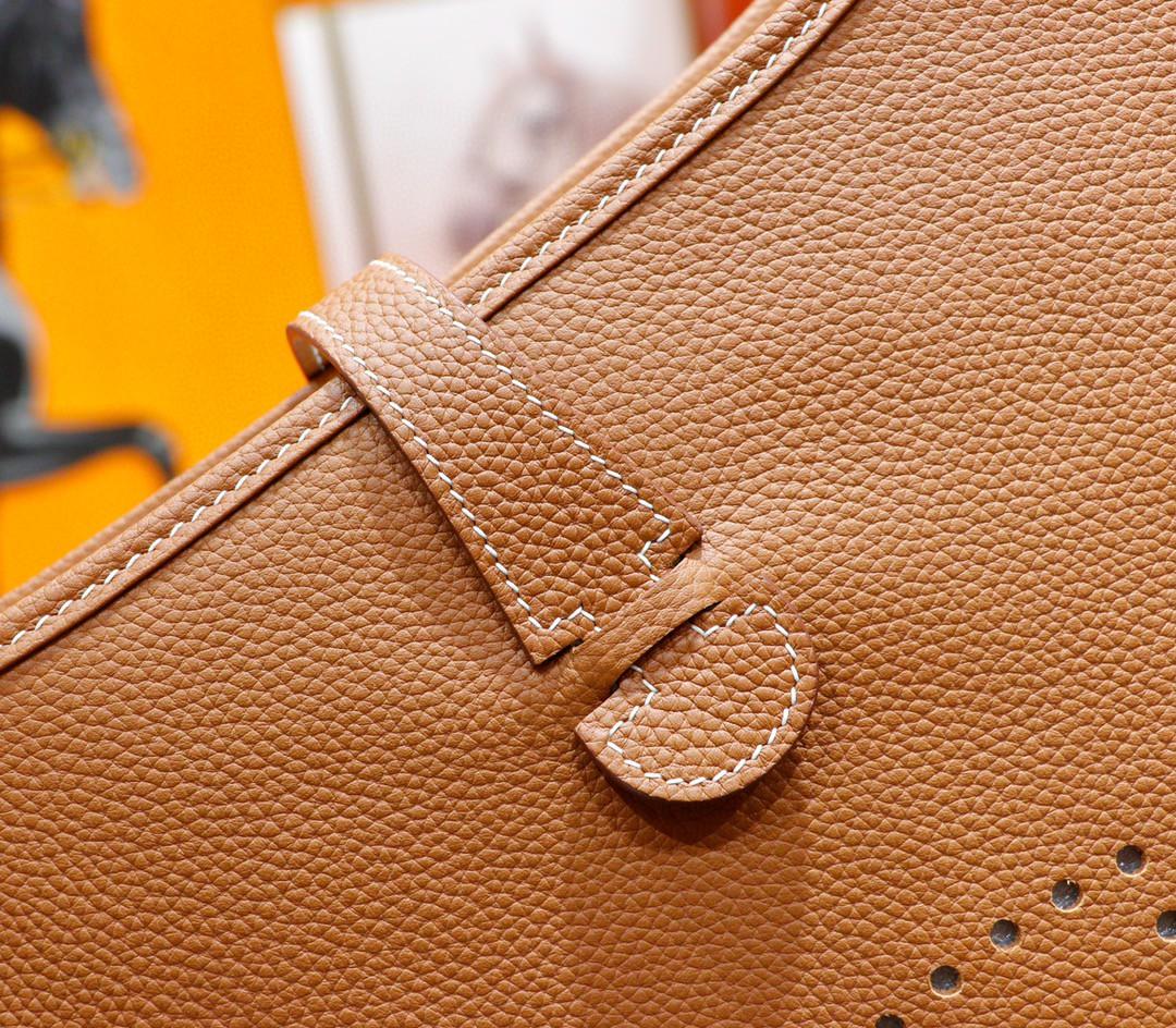 Hermès(爱马仕)Evelyne 伊芙琳 金棕 Togo 小牛皮 银扣 28cm
