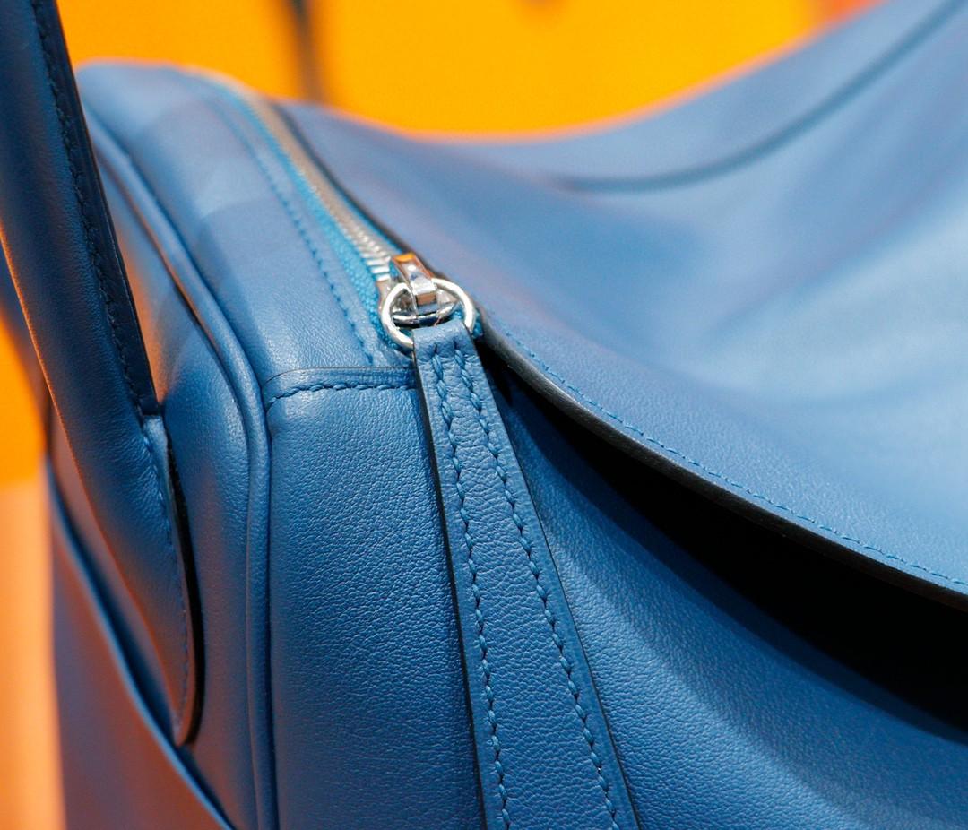 Hermès(爱马仕)Lindy 琳迪包 深邃蓝 Swift皮 银扣 30cm 全手缝