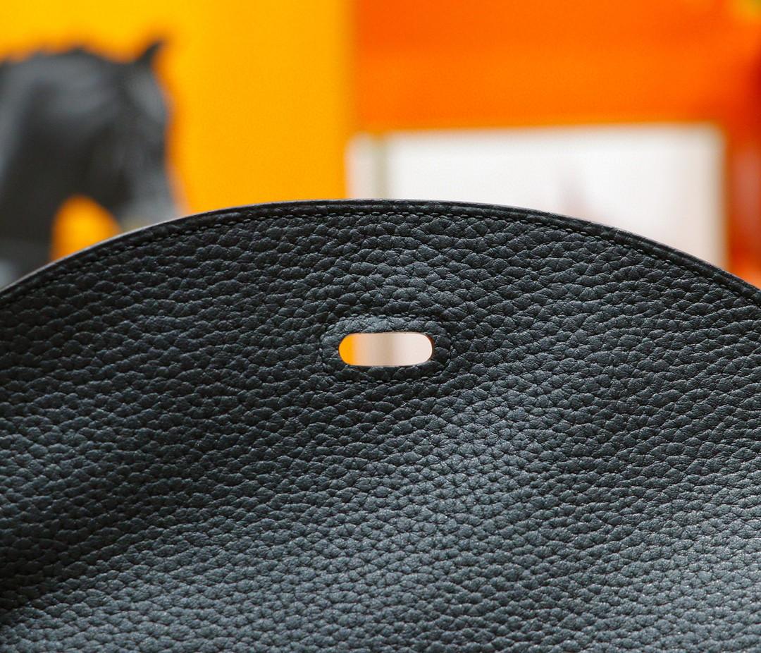Hermès(爱马仕)Lindy 琳迪包 黑色 Togo 全手缝 银扣 30cm