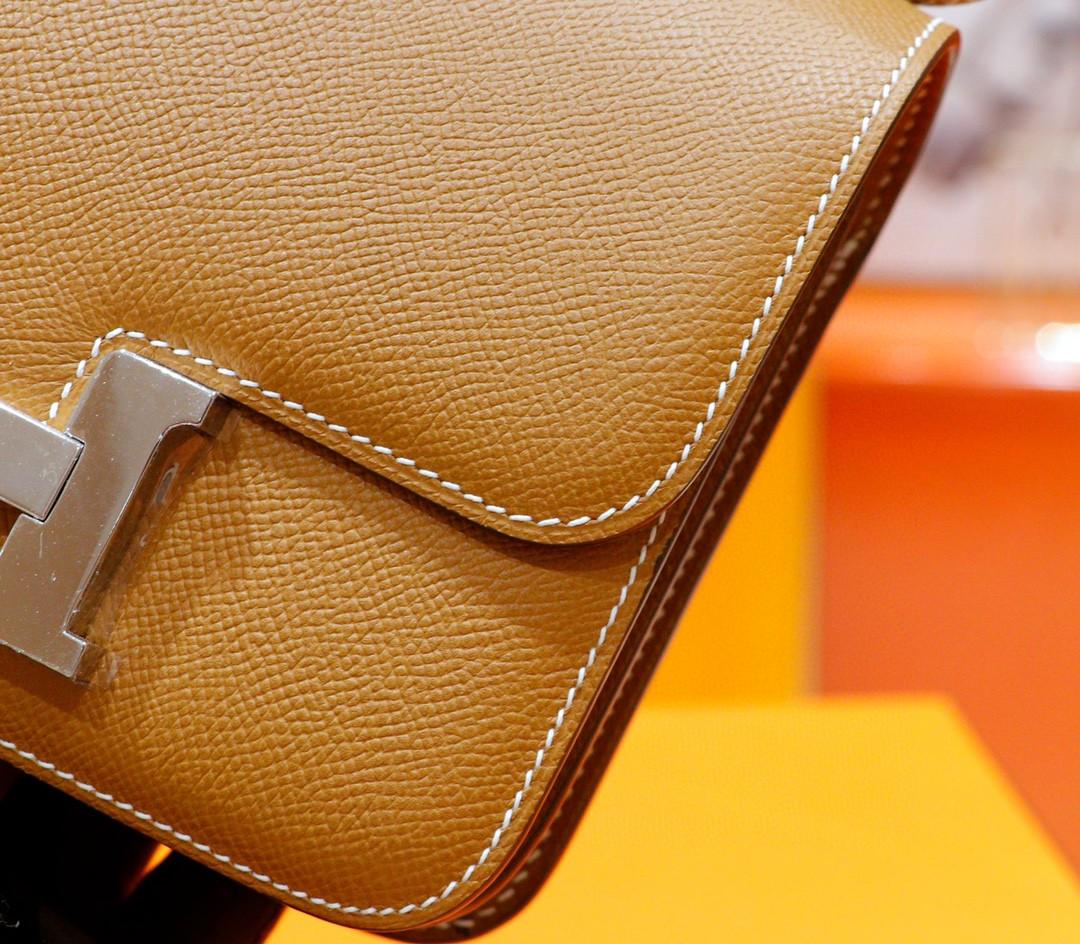 Hermès(爱马仕)Constance 空姐包 金棕 Epsom 小牛皮 全手缝 银扣 19cm