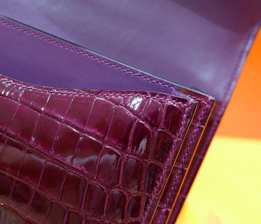 Hermès(爱马仕)Constance 空姐包 葡萄紫 亮面鳄鱼皮 金扣 24cm