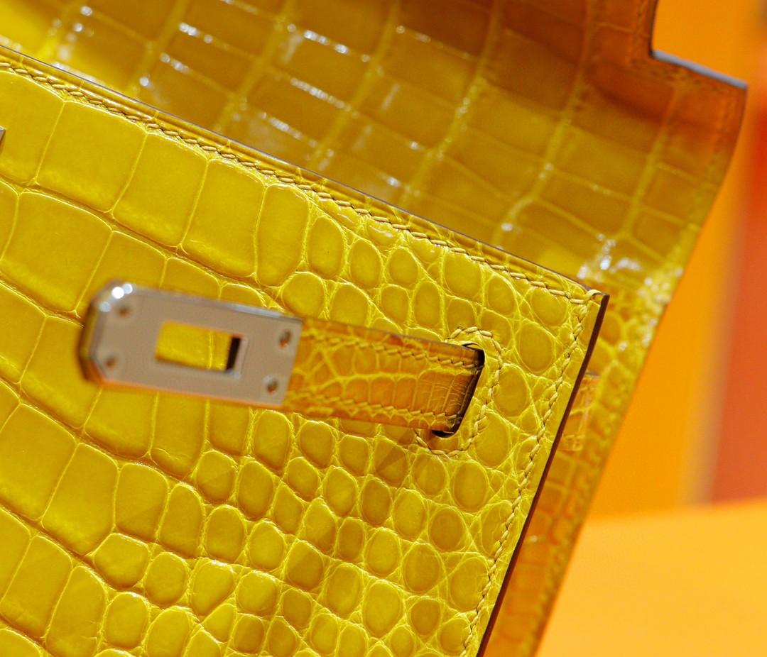 Hermès(爱马仕)Minikelly 迷你凯莉 晚宴包 亮面鳄鱼皮 琥珀黄 银扣