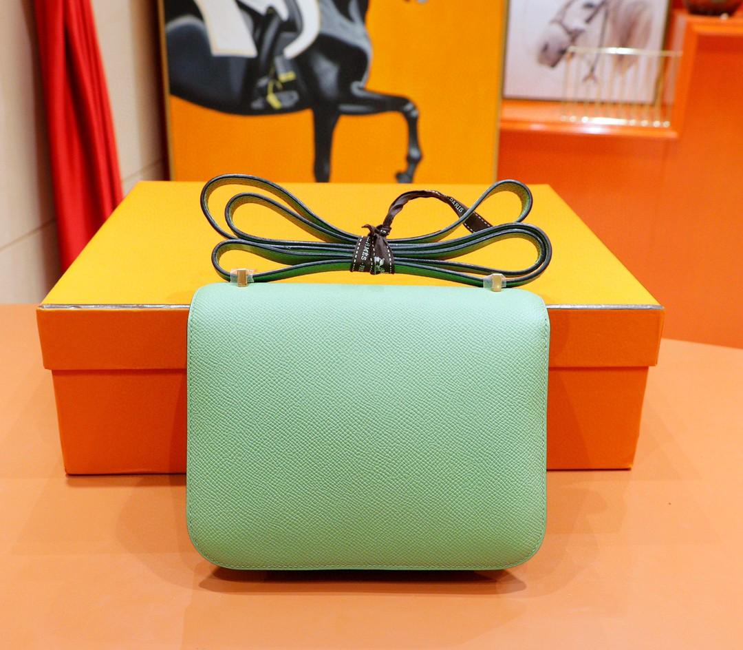 Hermès(爱马仕)Constance 空姐包 竹子绿 Epsom 全手缝 小牛皮 金扣 19cm