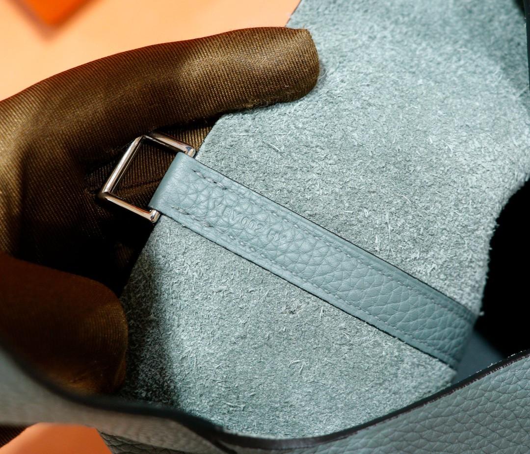 Hermès(爱马仕)Picotin 菜篮子 杏仁绿 Togo 全手缝 银扣 22cm