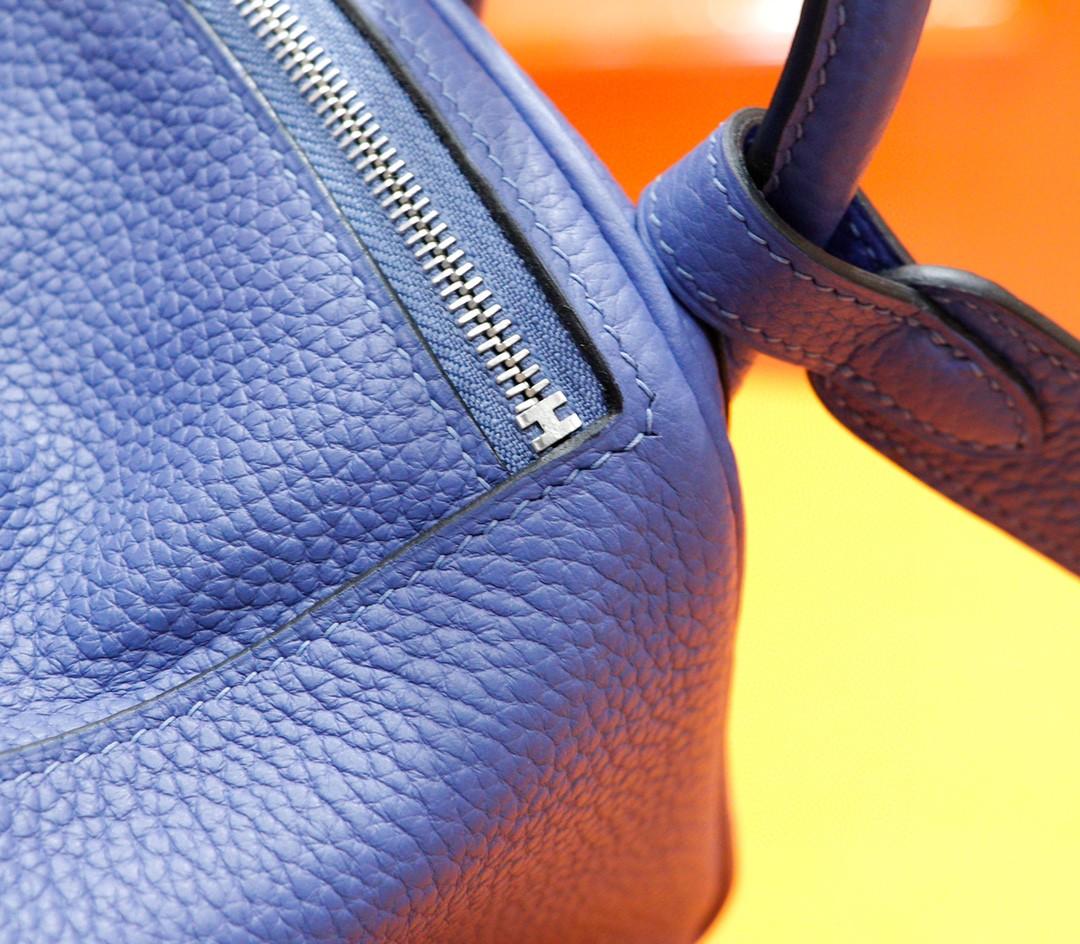 Hermès(爱马仕)Lindy 宝石蓝 Togo 全手缝 银扣 20cm