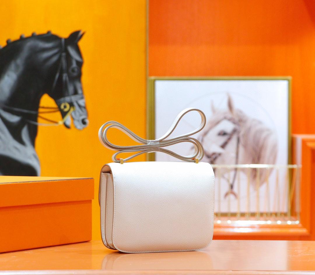 Hermès(爱马仕)Constance 空姐包 奶昔白 Epsom 全手缝 金扣 19cm
