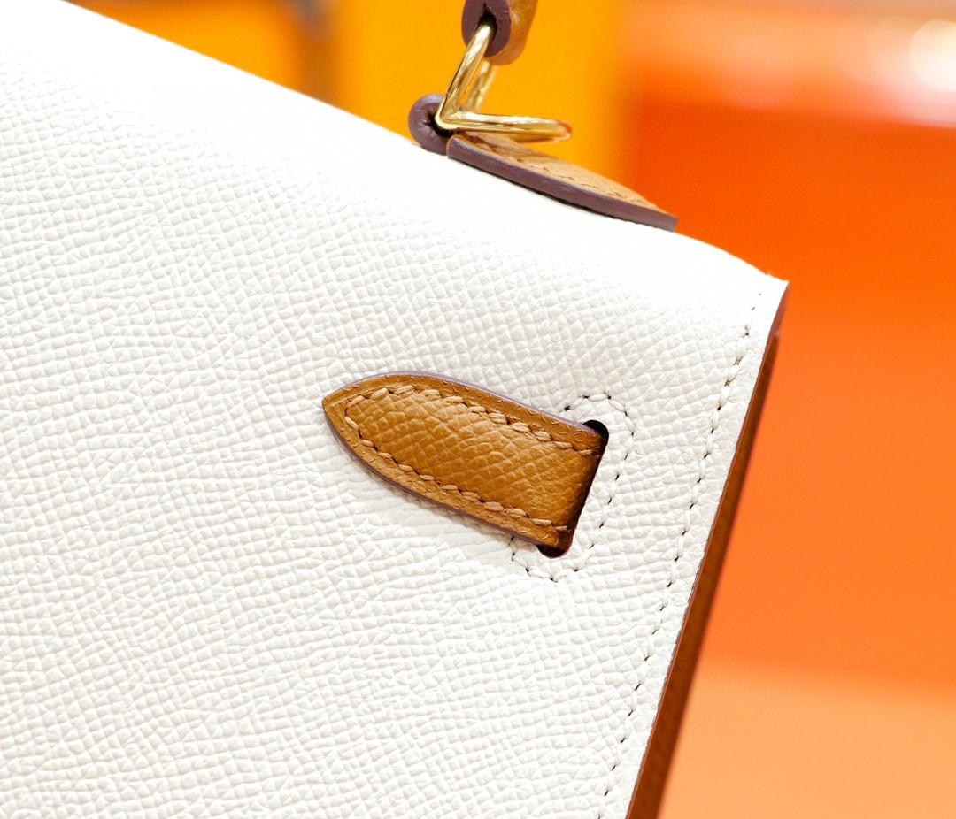 Hermès(爱马仕)Kelly 凯莉包 奶昔白拼金棕 Epsom 全手缝 金扣 25cm