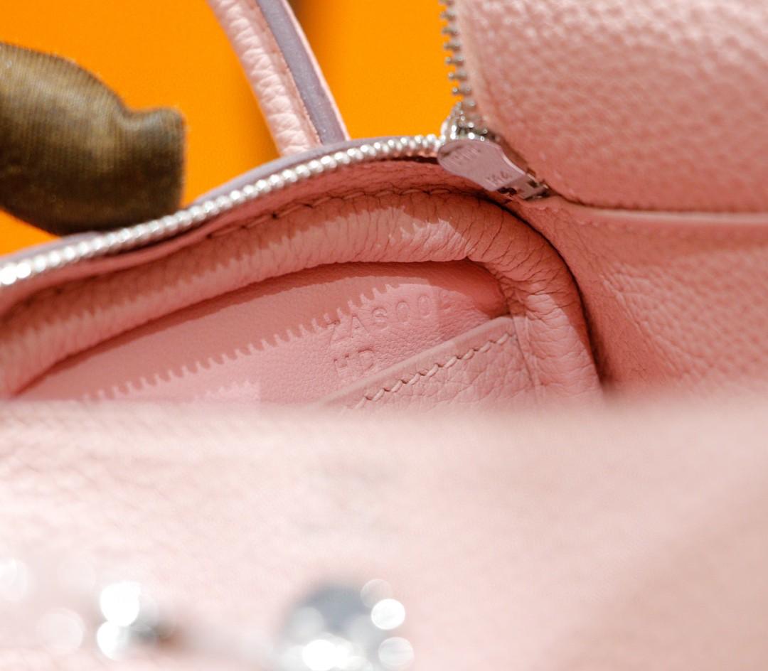 Hermès(爱马仕)Lindy 琳迪包 奶昔粉 Togo 全手缝 银扣 20cm