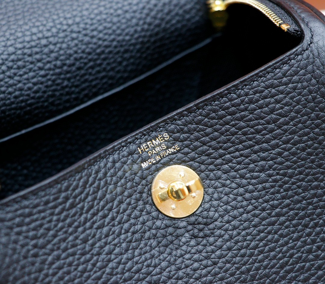 Hermès(爱马仕)Lindy 迷你琳迪 黑色 Togo 全手缝 金扣 20cm