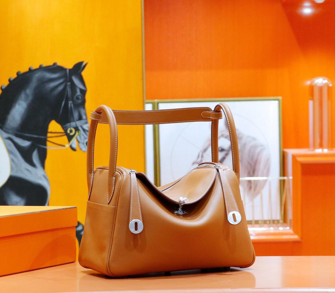Hermès(爱马仕)Lindy 琳迪包 金棕 Swift 全手缝 银扣 30cm