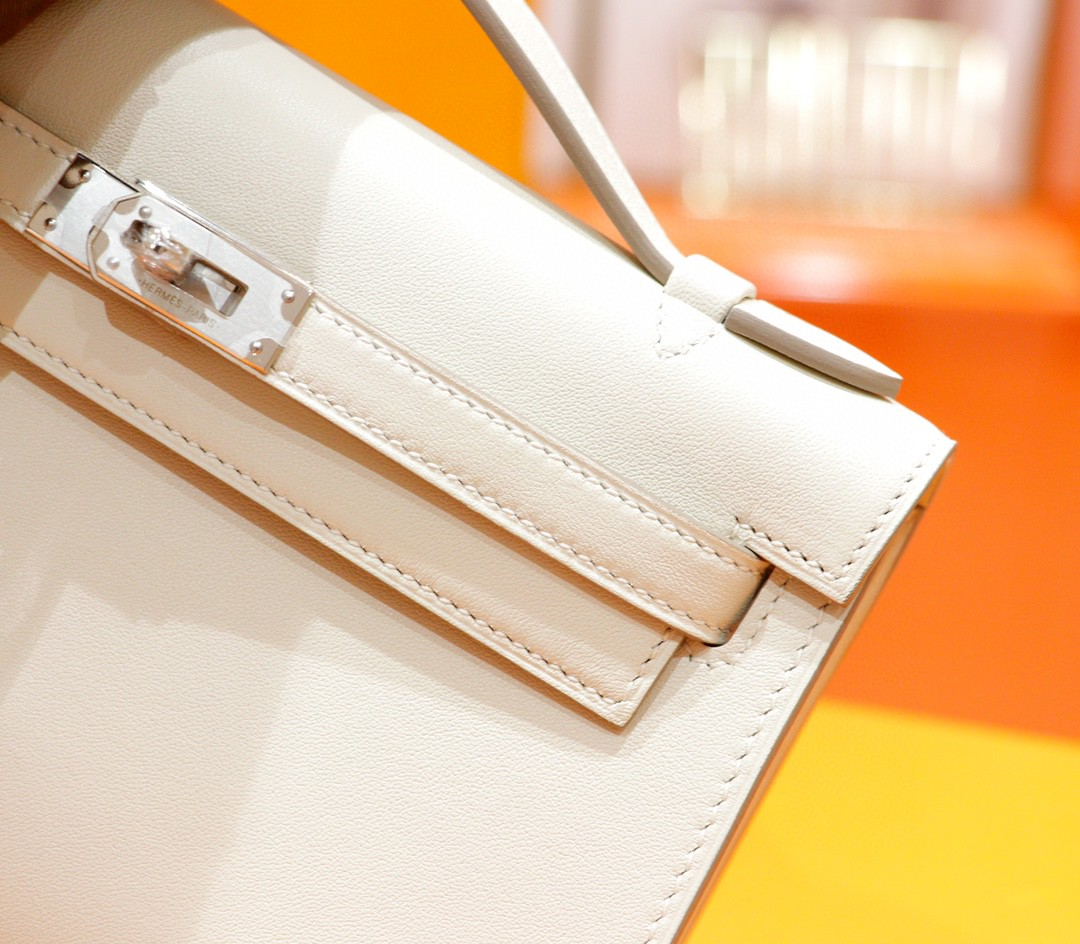 Hermès(爱马仕)Minikelly 迷你凯莉 奶昔白 Swift 全手缝 银扣 22cm 晚宴包