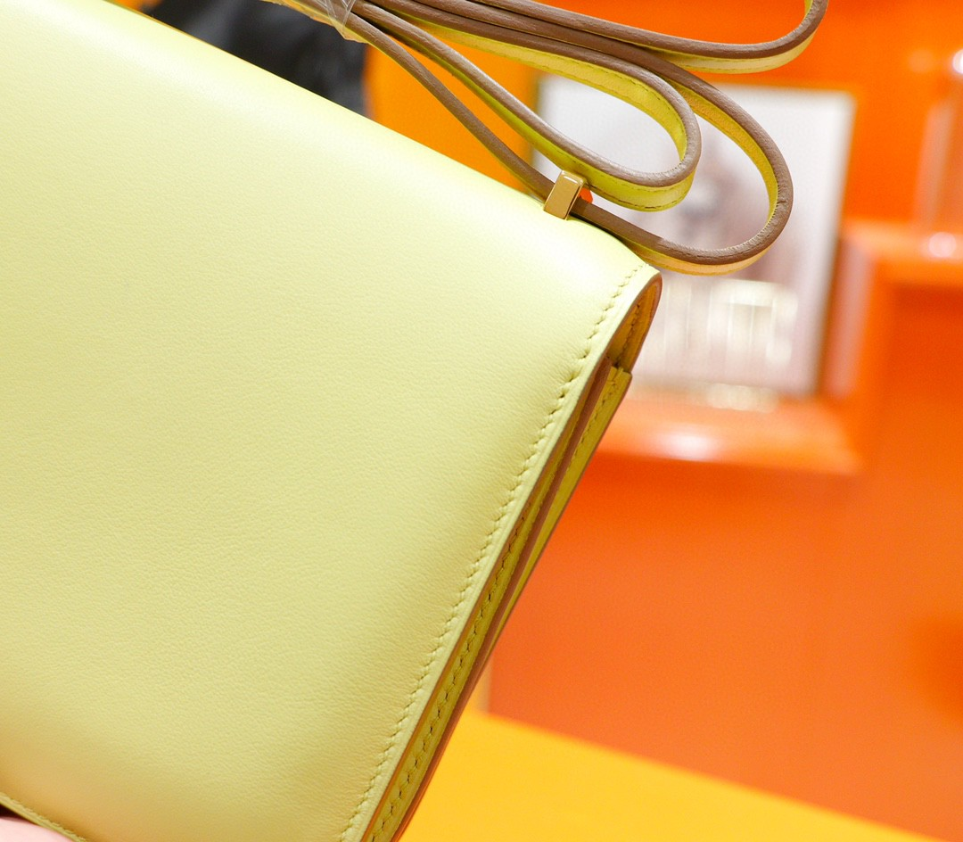 Hermès(爱马仕)Constance 空姐包 小鸡黄 Swift 全手缝 金扣 19cm