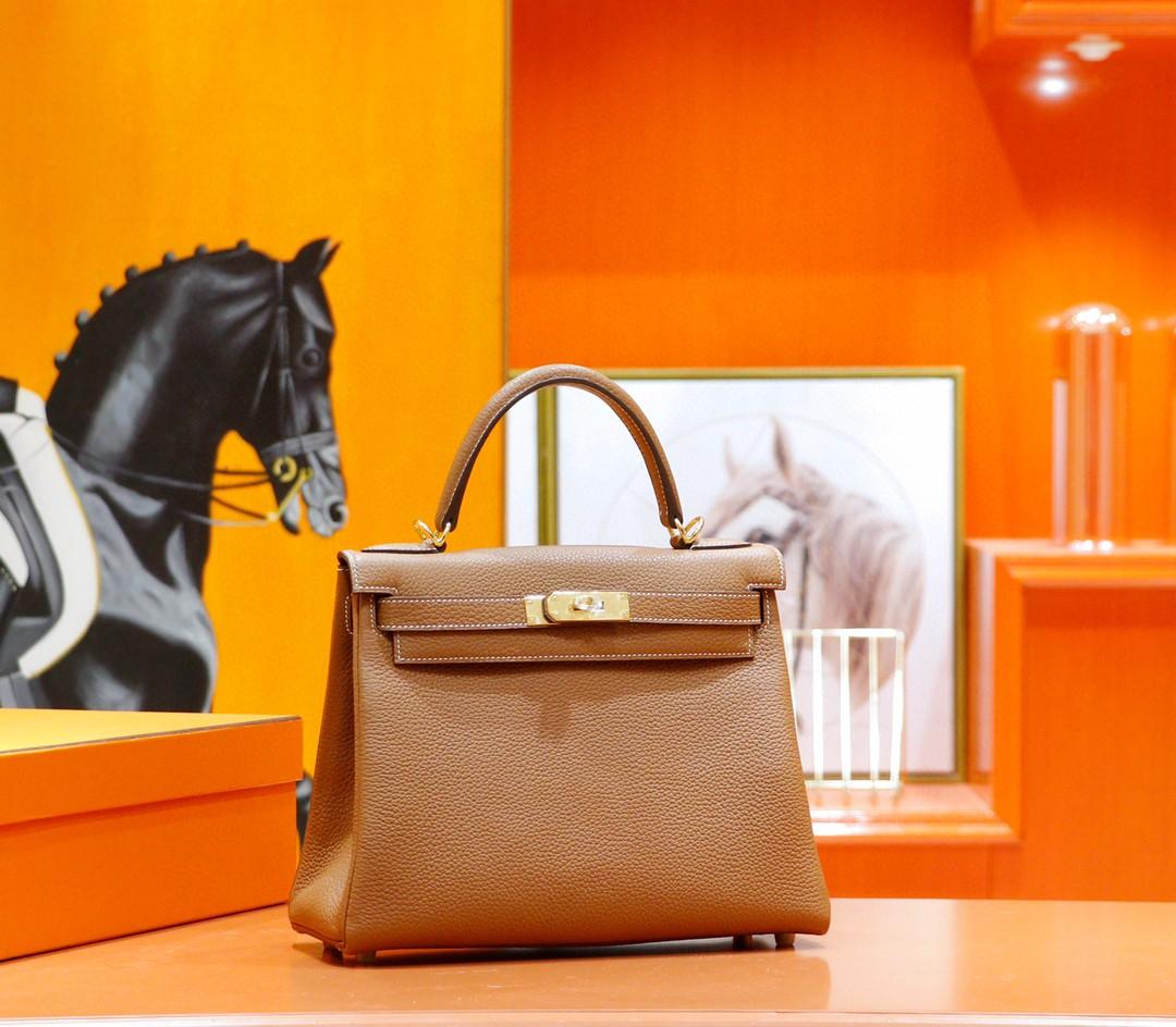 Hermès(爱马仕)Kelly 凯莉包 金棕色 Togo 全手缝 金扣 28cm