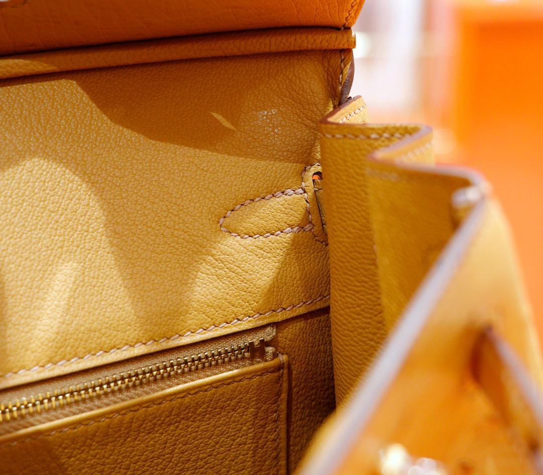Hermès(爱马仕)Birkin 铂金包 奶茶色 南非鸵鸟皮 金扣 25cm
