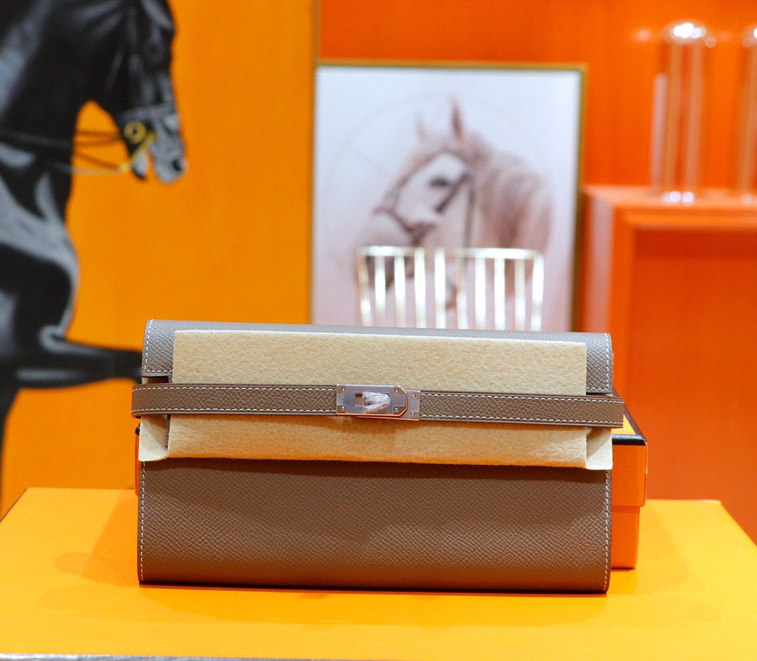 Hermès(爱马仕)Kelly 钱包 大象灰 Epsom 全手缝 银扣