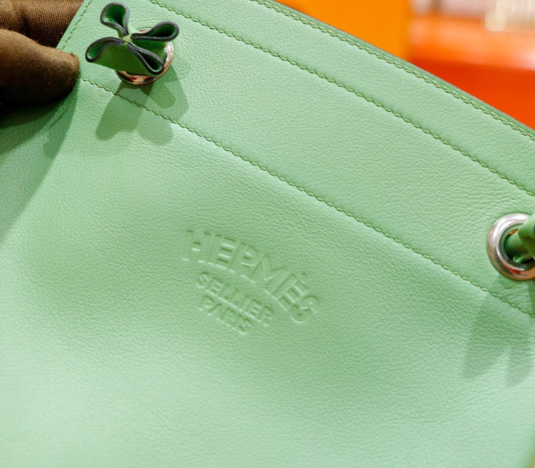 Hermès(爱马仕)Aline 斜挎包 牛油果绿 Swift 全手缝 银扣