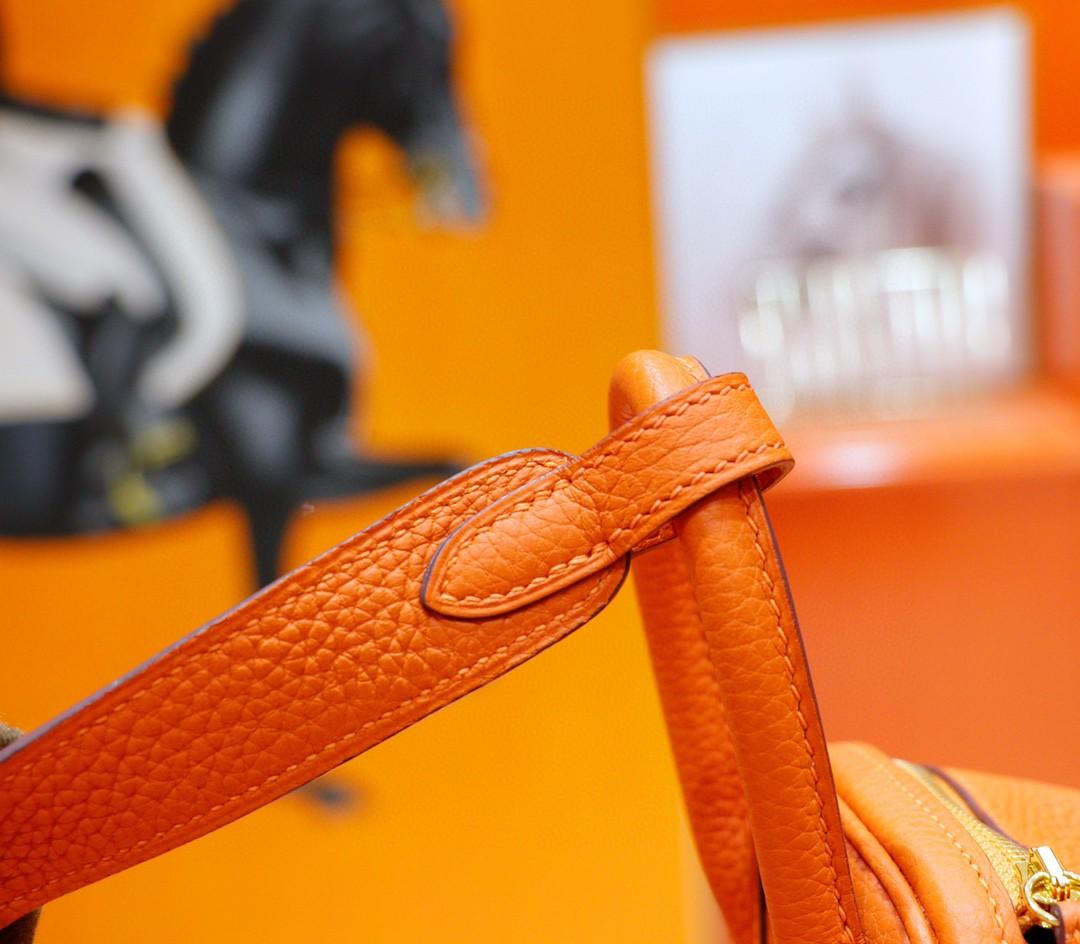 Hermès(爱马仕)Lindy 琳迪包 橙色 Togo 全手缝 银扣 20cm
