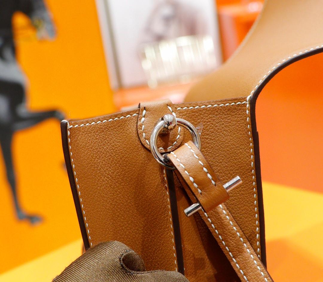 Hermès(爱马仕)Roulis 猪鼻包 金棕 evercolor 全手缝 银扣 19cm