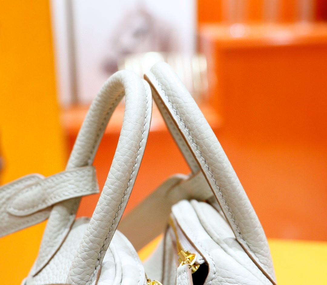 Hermès(爱马仕)Lindy 琳迪包 珍珠灰 Togo 全手缝 金扣 20cm