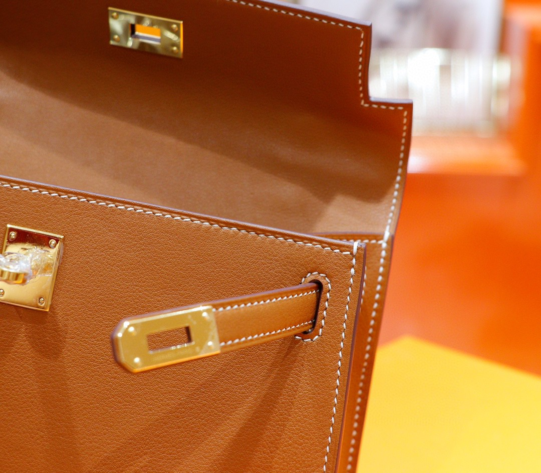 Hermès(爱马仕)Minikelly 迷你凯莉 金棕 Swift 全手缝 金扣 22cm 晚宴包