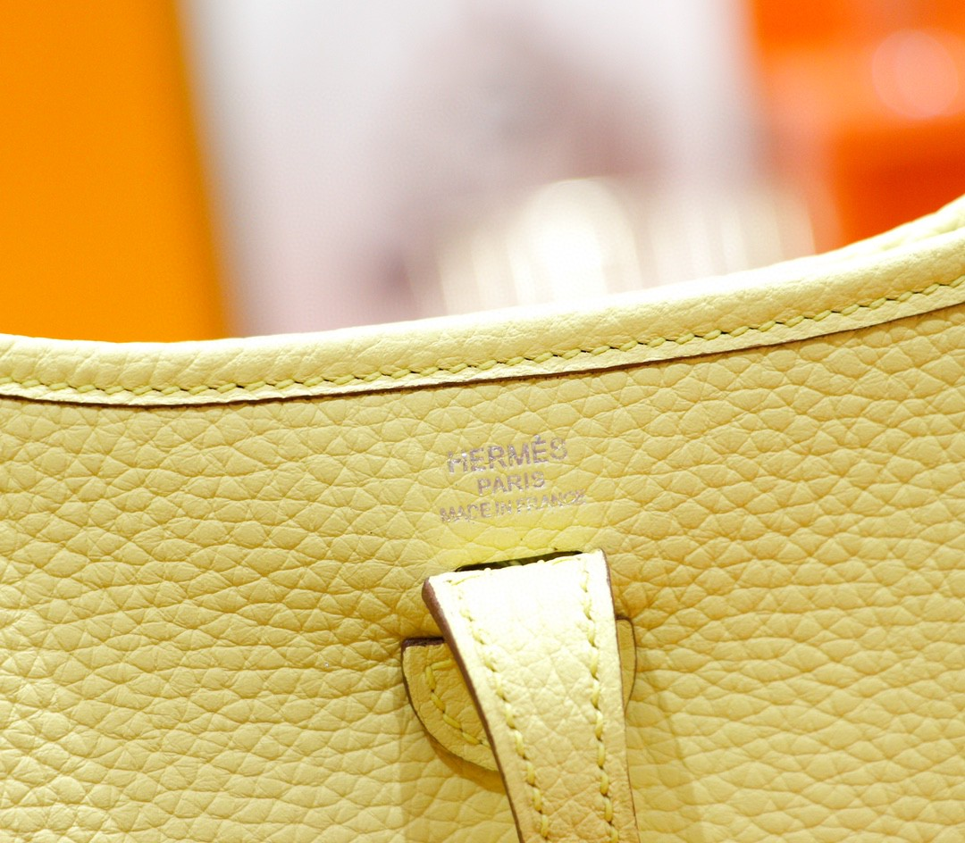 Hermès(爱马仕)伊芙琳 Evelyne 小鸡黄 Togo 全手缝 银扣 17cm