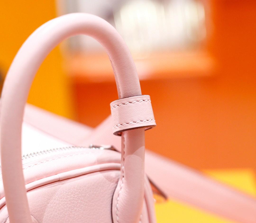 Hermès(爱马仕)Lindy 迷你琳迪 奶昔粉 swift 全手缝 银扣 20cm