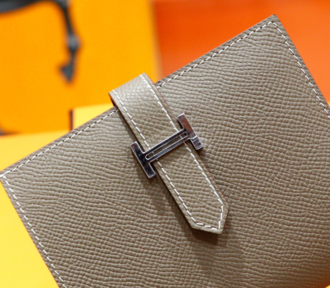 Hermès(爱马仕)beran 短款钱夹 大象灰 Epsom 全手缝 银扣