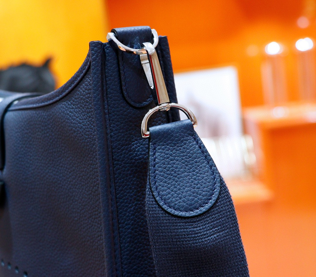 Hermès(爱马仕)Evelyne 伊芙琳 宝蓝 Togo 全手缝 银扣 28cm