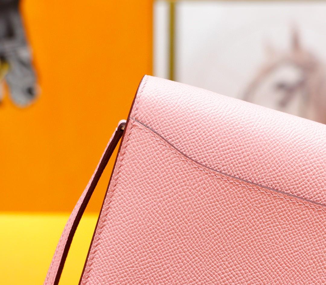 Hermès(爱马仕)Constance ToGo 奶昔粉 Epsom 全手缝 银扣