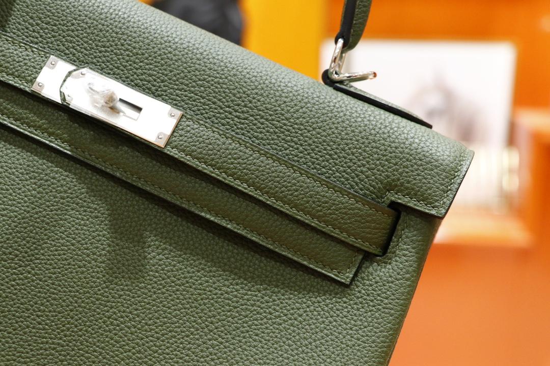 Hermès(爱马仕)Kelly 凯莉包 橄榄绿 Togo 全手缝 银扣 28cm