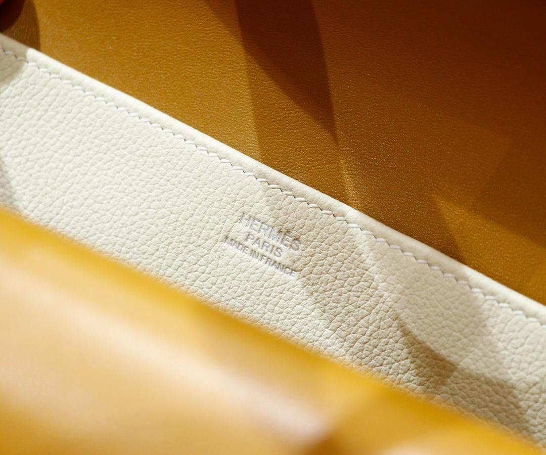 Hermès(爱马仕)Halzan Evercolor 拼 Swift 奶油白 拼 芝麻色 全手缝 银扣 25cm