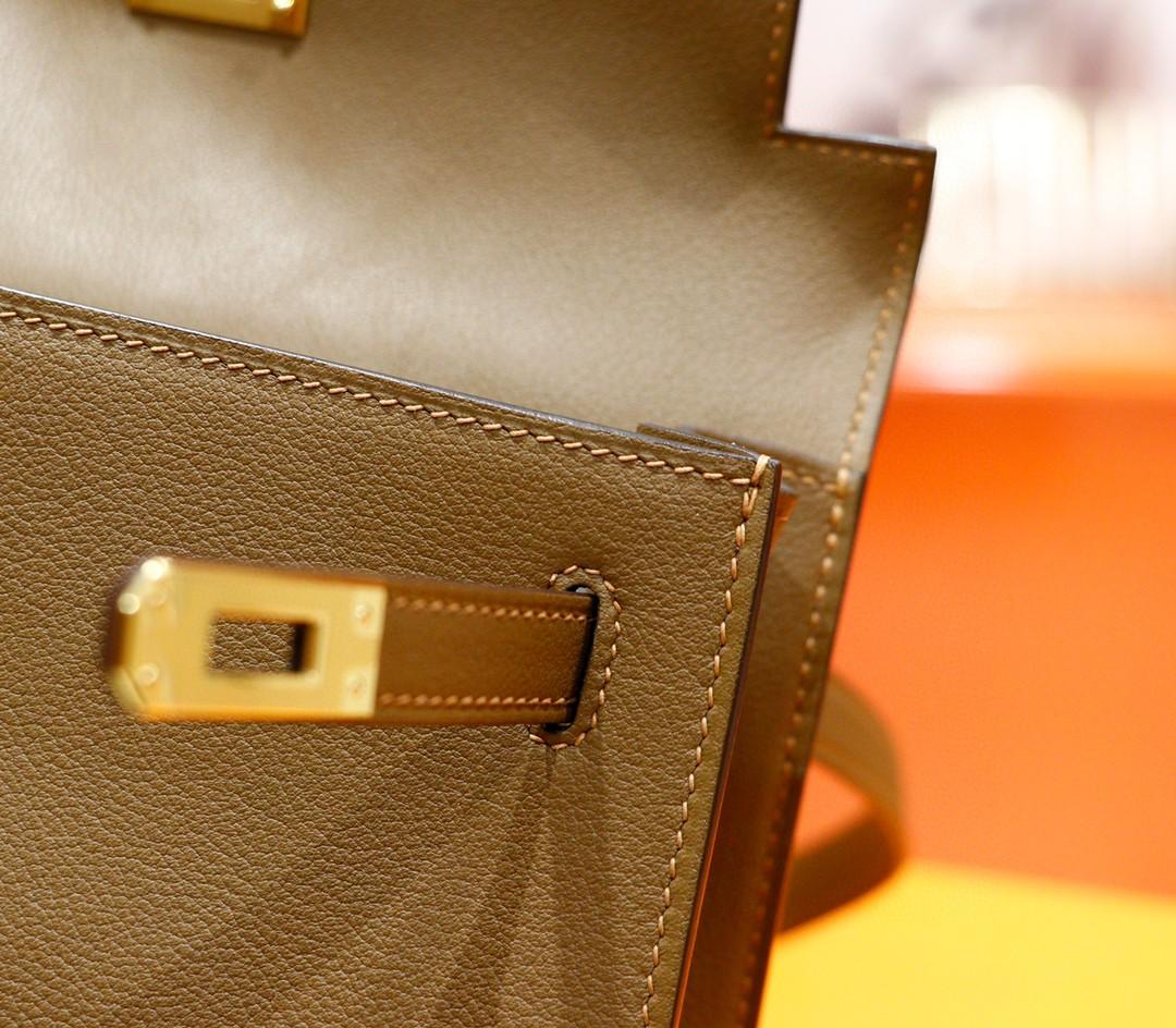 Hermès(爱马仕)Kelly danse 跳舞包 威马犬米色 Evercolor 全手缝 金扣