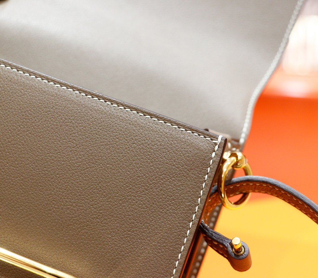 Hermès(爱马仕)Roulis 猪鼻子 大象灰 Evercolor 全手缝 金扣 19cm
