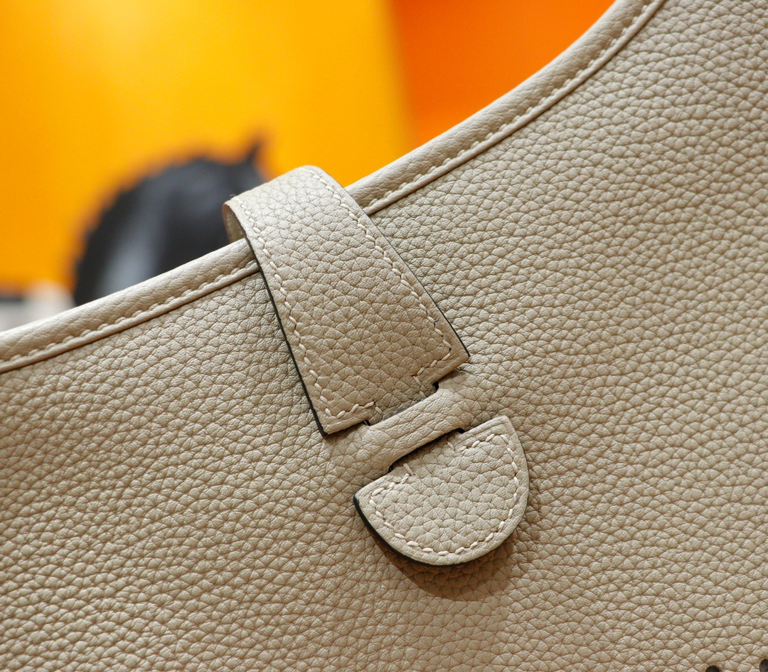 Hermès(爱马仕)Evelyne 伊芙琳 风衣灰 Togo 全手缝 银扣 28cm